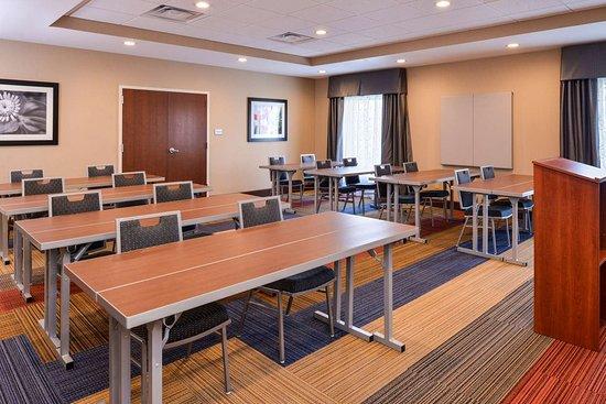 Lonoke, AR: Meeting Room