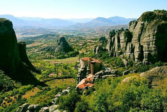 アテネのデルファイ、メテオラ、ペリオン、サーモピラエへの4日間のプライベート…