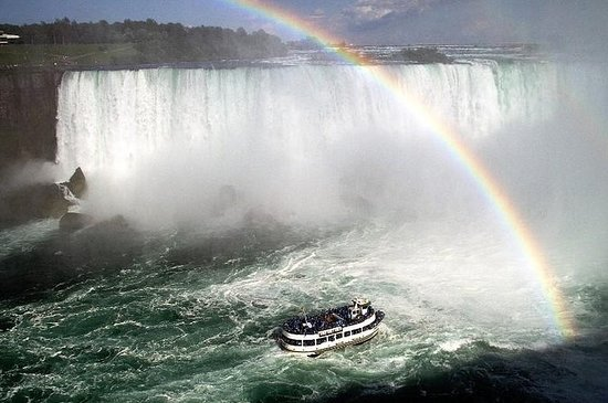 2-Day Niagara Falls Experience from...