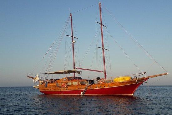 Crucero privado en yate para un...