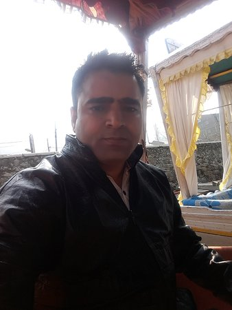 Sanaya Tour and Travel: Kashmir Tour