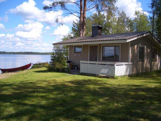 Jokiniemen Matkailu: Turo-mökki sijaitsee aivan Onkiveden rannalla. Mökissä on vuoteet kahdelle. 