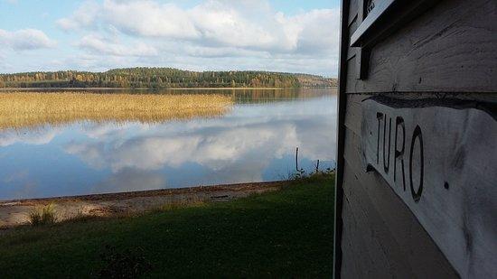 Alapitka, Finnland: Turo-mökki on kalastajan unelmapaikka. Onkivedessä hyvä kuhakanta ja saaliiksi tulee runsaasti myös haukea ja ahventa.