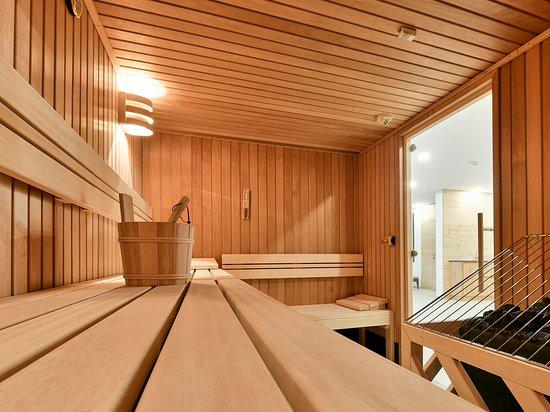 Wald am Arlberg, Áustria: Entspannen Sie nach einem Skitag in unserem Spa und Wellnessbereich.