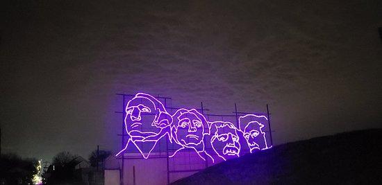 Yardley, PA: Last Day of Christmas Light Show
