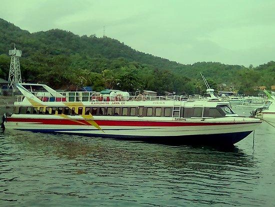 Karuniya Jaya Fast Boat