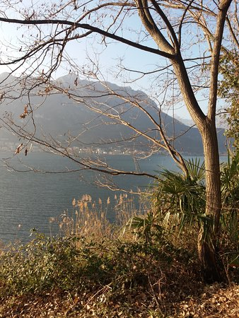 Piste ciclabili di Garlate: Vista del lago