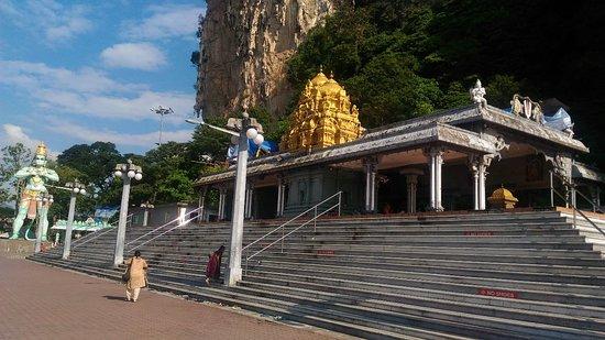 Batu Caves, Malaysia: Sri Venkatachalapathi & Alamelu Temple