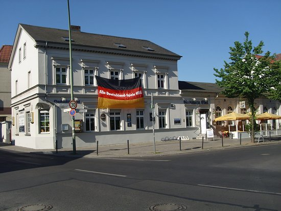 Gute Deutsche Kuche Wie Bei Muttern Gaststatte Ebel Berlin