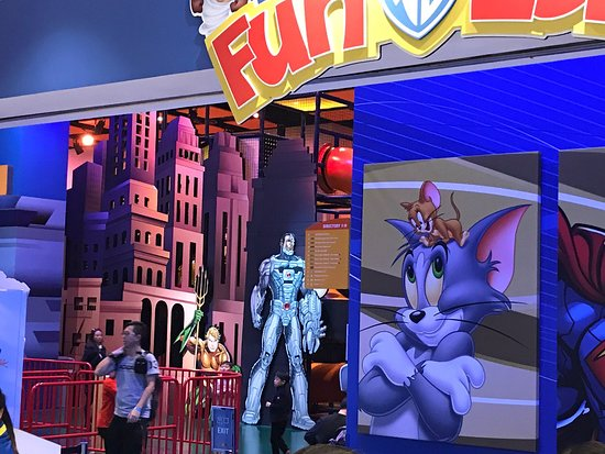 Warner Bros. Fun Zone