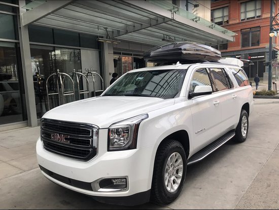 Book your Private Limo, VAN & SUV services to & from Denver international Airport DIA / Vail / Aspen / Beaver Creek / Breckenridge / Telluride / Steamboat / Winter Park