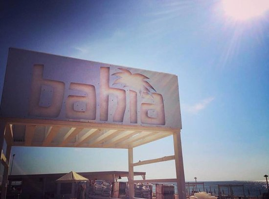 Bahia Lounge Beach