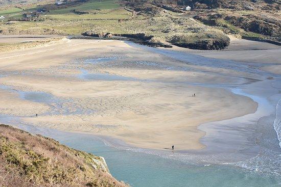 Barleycove Beach: The beach at low tide