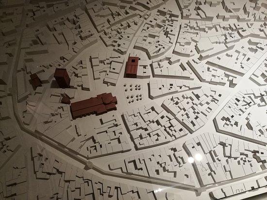 Capilla del Palacio: Maqueta de la ciudad.