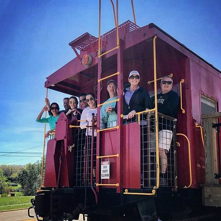 Fairview, Βόρεια Καρολίνα: Photo op on the end of the caboose