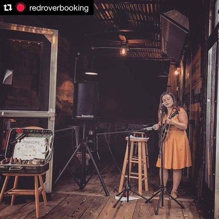 Fairview, Βόρεια Καρολίνα: Music in the boxcar