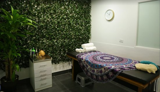 Eva´s Massages & Holistic Therapies