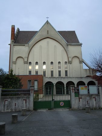 Eglise Saint-Luc-des-Grands-Champs