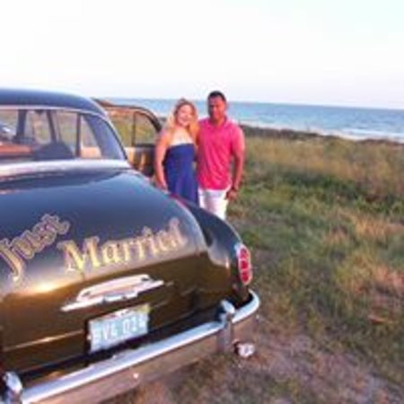 Panama City Beach Bed and Breakfast: 1950 Desoto at the beach for photos