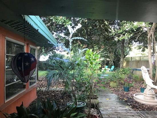Panama City Beach Bed and Breakfast: View from Original Art Bedroom