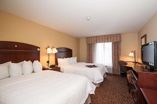 Hampton Inn & Suites Rochester - North