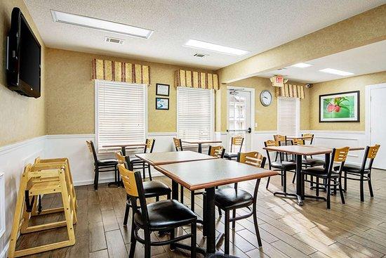 Thomaston, GA: Breakfast area