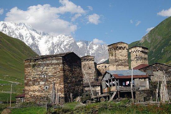 Tour privato di 4 giorni a Svaneti da