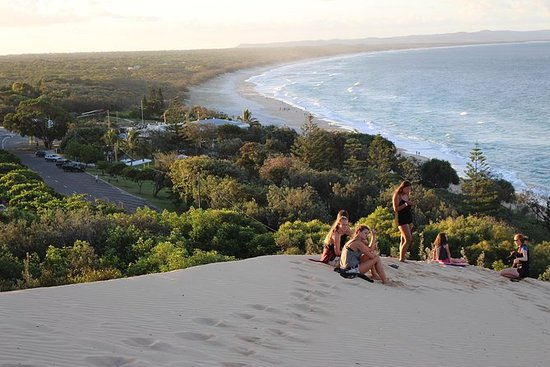 Byron Bay to Cairns Guided Hop-on...