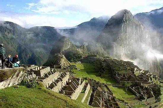 4-Day Tour of Cusco Including Machu...