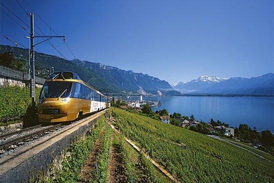 3-tägige GoldenPass Line Tour ab...