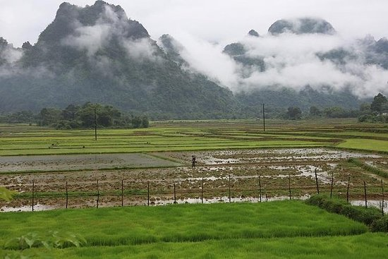 2 giorni 1 notte a Vangvieng tour in
