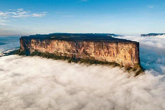 Mount Roraima Trekking Expedition ...