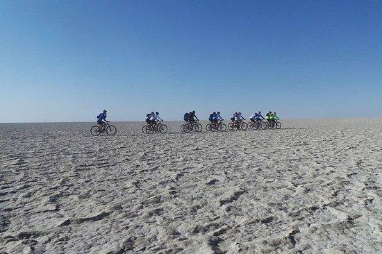 6 dias Makgadikgadi Mtb Ride e Delta...
