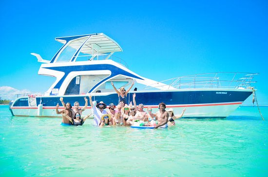 Going Party Boat & Snorkel Punta