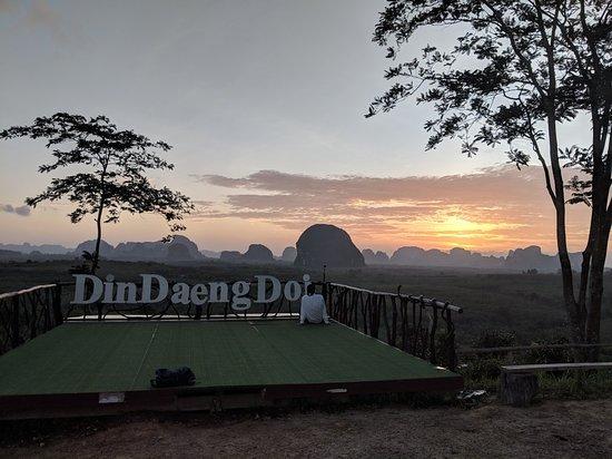 Nong Thale, Thaïlande : Din Daeng Doi