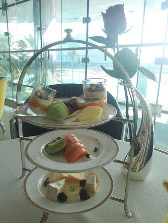 Dubai, Arabiemiirikunnat: Breakfast @ Burj Al Arab