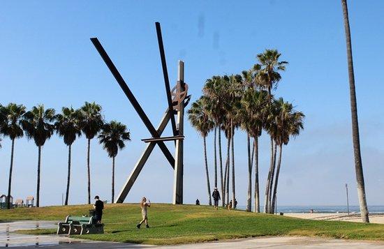 Declaration Sculpture