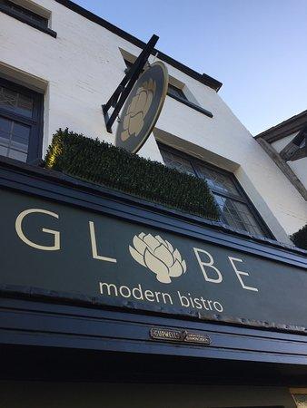 Globe Modern Bistro