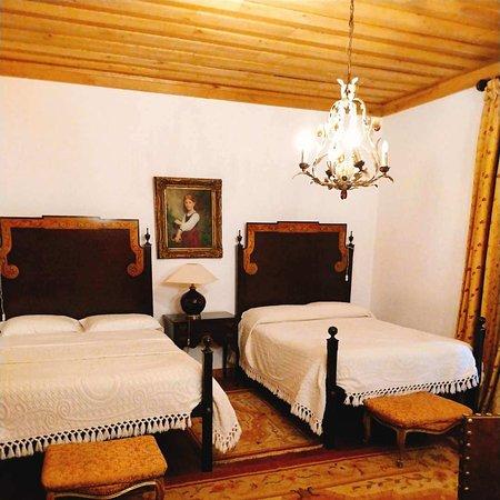 Hotel Rural Casa dos Viscondes da Varzea: Our room with direct access to winter garden