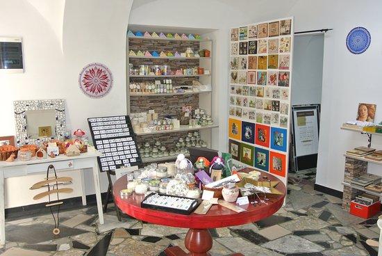 Kamnik, Slovenia: Interior of our gift shop.