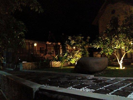 Villa Kenzie at night time