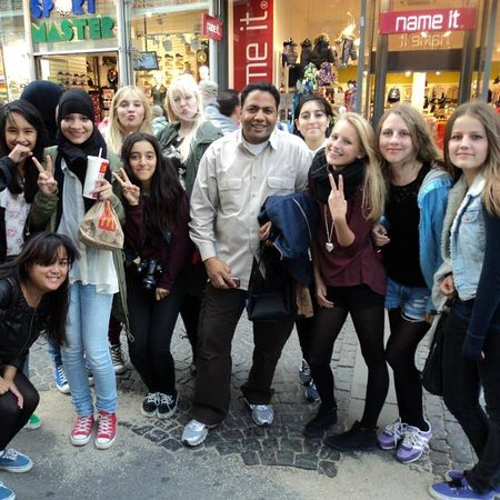 with group of teenagers from USA  in Cairo down town