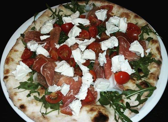 Friedrichsdorf, Tyskland: Pizza