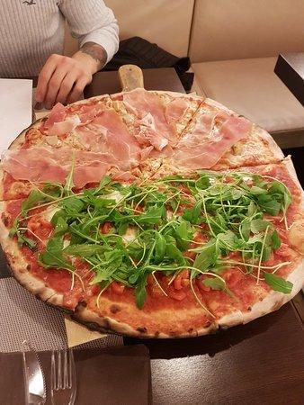 Porcari, Italy: Pizzeria Girasole