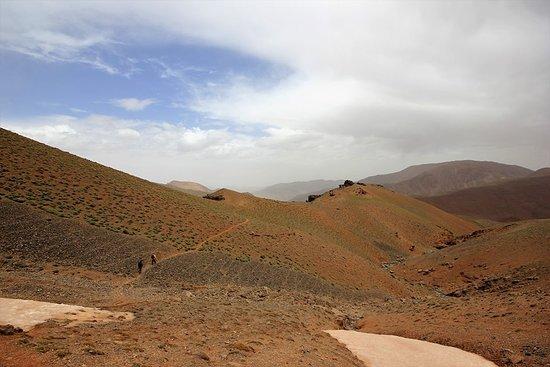 Easy Travels in Morocco: TREK MGOUN 2017