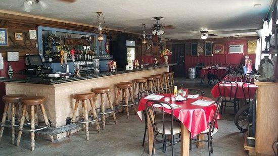 Shoshone, Kalifornien: restaurant and Saloon