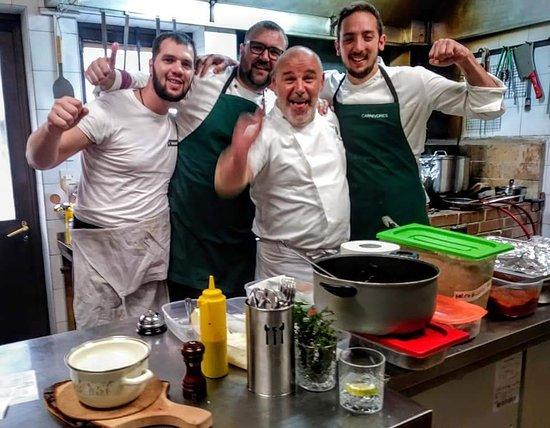 Gespanschaft Split-Dalmatien, Kroatien: Staff and top croatian chef Hrvoje Zirojević