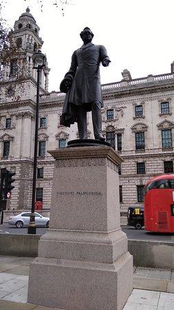 Statue of Viscount Palmerston