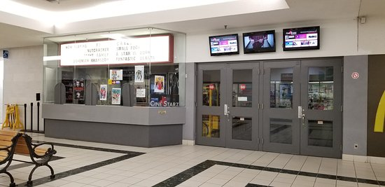 Mississauga, Canada: Ciné Starz at Central Parkway Mall