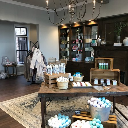The Woodhouse Day Spa - Liberty Township